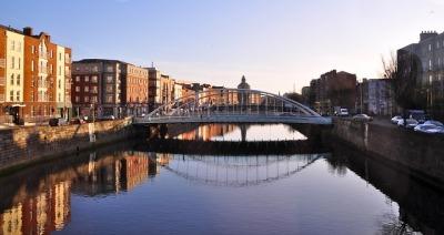 Dublin bridge-230311_640