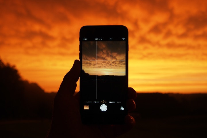sun set on iphone