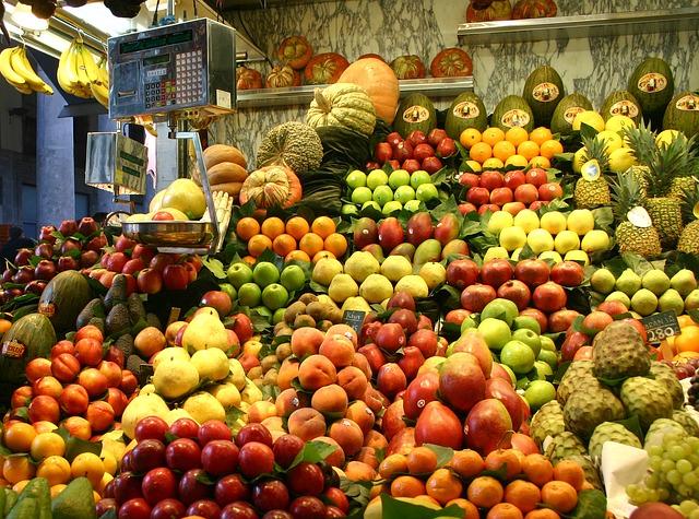 Barcelona fruits-257343_640