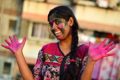 indian-girl-1380618_640