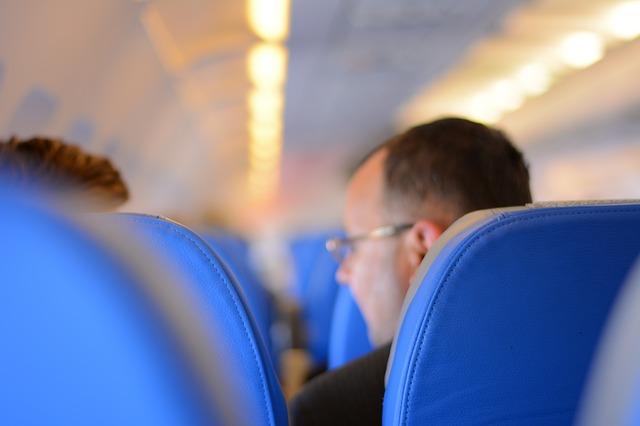passengers-519011_640