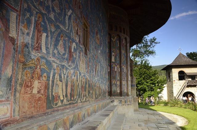 voronet-monastery-818929_640
